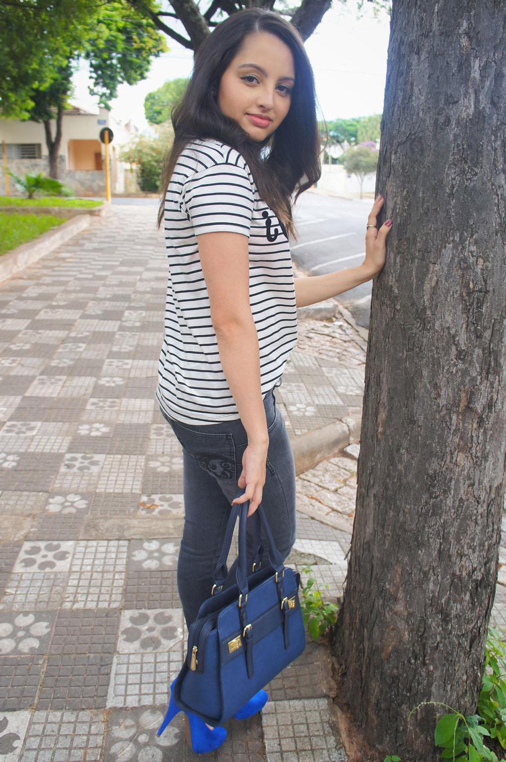 Look Blusa Listrada