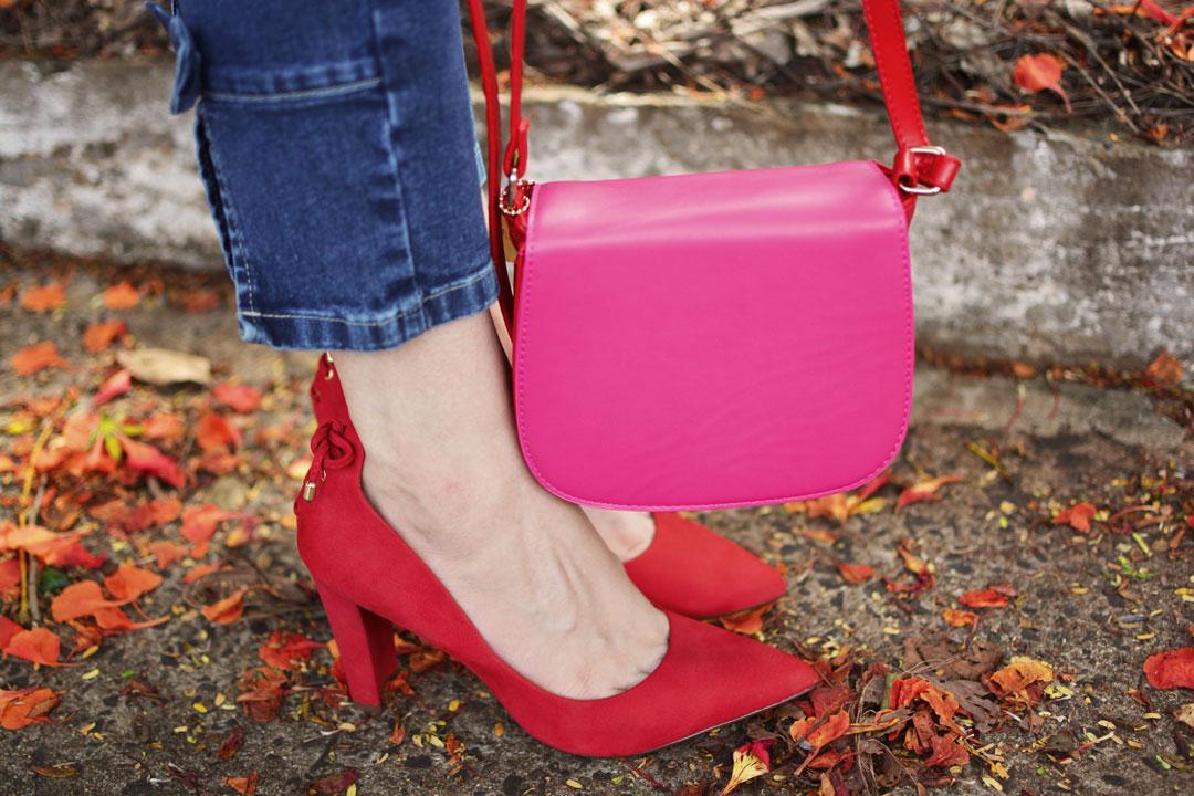 Salto Vermelho e Bolsa Pink